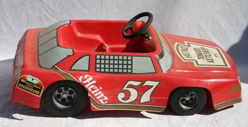340: Heinz 57 battery operated driveable child's car by