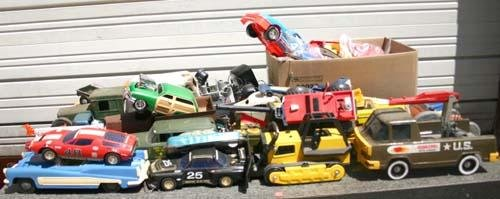 341: lg lot of vehicles of all ages from 1930's -1960's