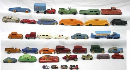 692: Large lot of miniature cars incl Tonka, Ertl, Etc