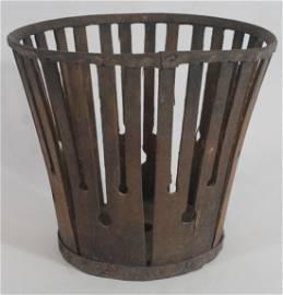 "Shaker berry basket - 4"" tall x 4 1/2"" diam"