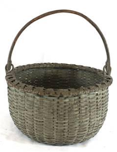 Gathering basket w swing handle in gray/green paint -