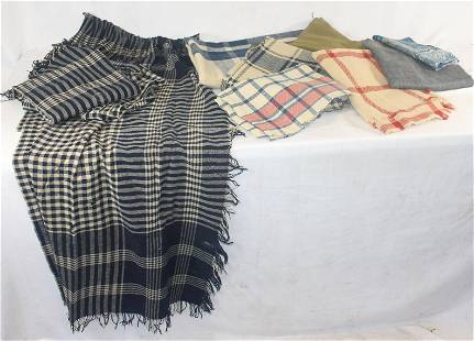Textile lot incl antique & vintage wool blanket