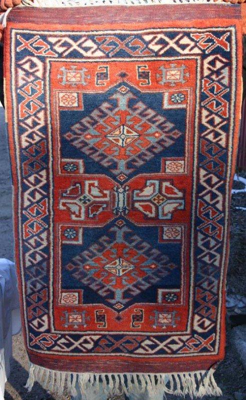 """4D: 24""""x37"""" semi antique Persian area rug"""