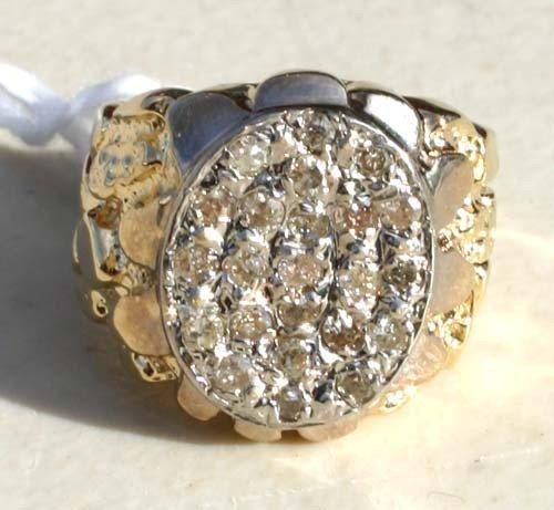 20A: man's 14k gold cluster top diamond ring w 27 singl
