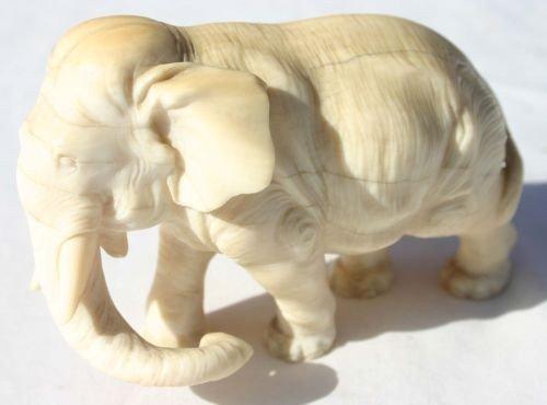 "187: Antique carved ivory elephant - 3 3/4"" long"