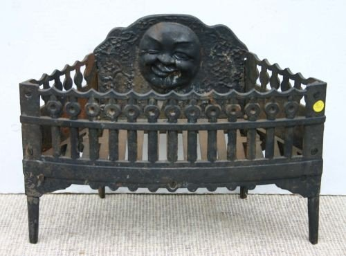 361: antique cast iron ftd fireplace grate w moon face - 361: Antique Cast Iron Ftd Fireplace Grate W Moon Face : Lot 0361