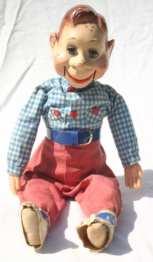"10: Fine late 1950's Ideal ""Howdy Doody"" 18"" pull strin"