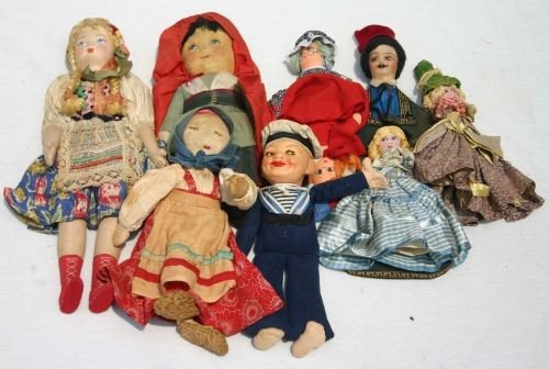 11: lot of vintage 1920's & 30's cloth dolls incl a Nor