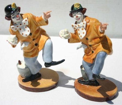 "6: pr of Royal Doulton ""The Clown"" figurines HN2890"
