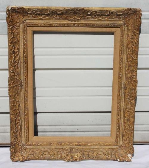 40B: fine antique Newcomb Macklin carved pitcure frame