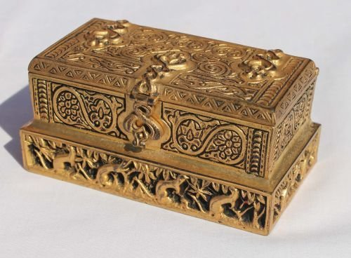 "238: sgnd Tiffany bronze ""Venetian"" pattern stamp box -"