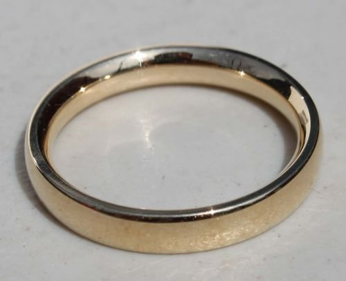 30A: 14k gold men's wedding band - weighs approx 4.3dwt