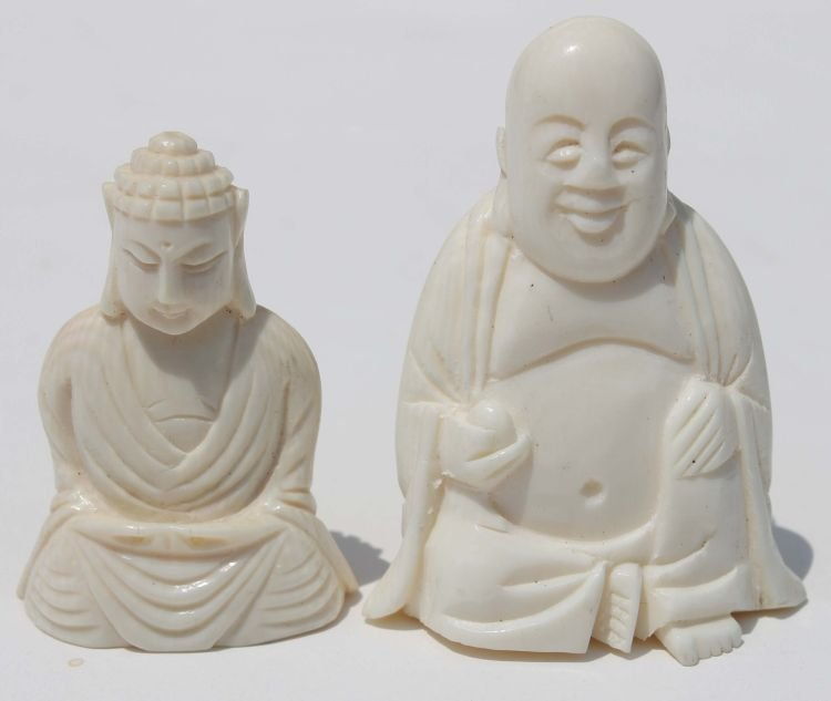 """17: 2 Chinese carved ivory Buddhas - 1 1/2"""" & 2"""" tall"""