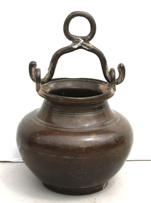 """1: ca 1650 bronze cooking pot - probably Dutch - 6"""" tal"""