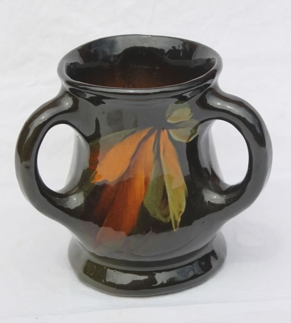 4: Weller or Owens American Art Pottery loving cup w le