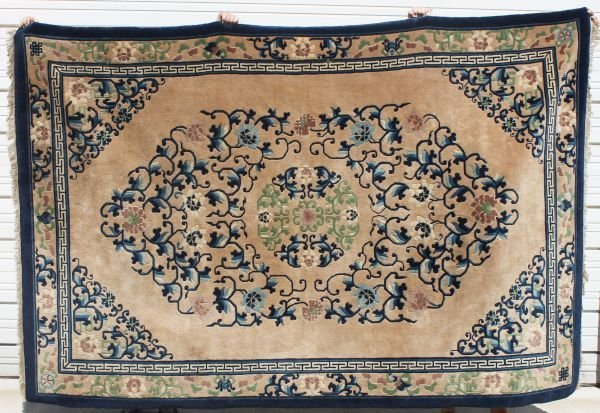 14: 9'x6' antique Chinese rm size Oriental rug