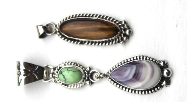 1K: lot of 3 Navajo sterling pendant items incl 1 by Ri