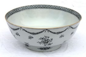 """5: early 19thC Chinese Export bowl - 10 1/2"""" diam x 4 1"""