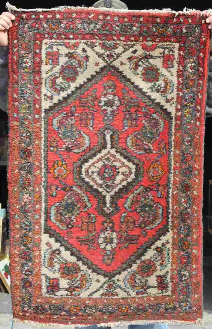 "211: 2'5""x3'9"" semi-antique Oriental area rug"