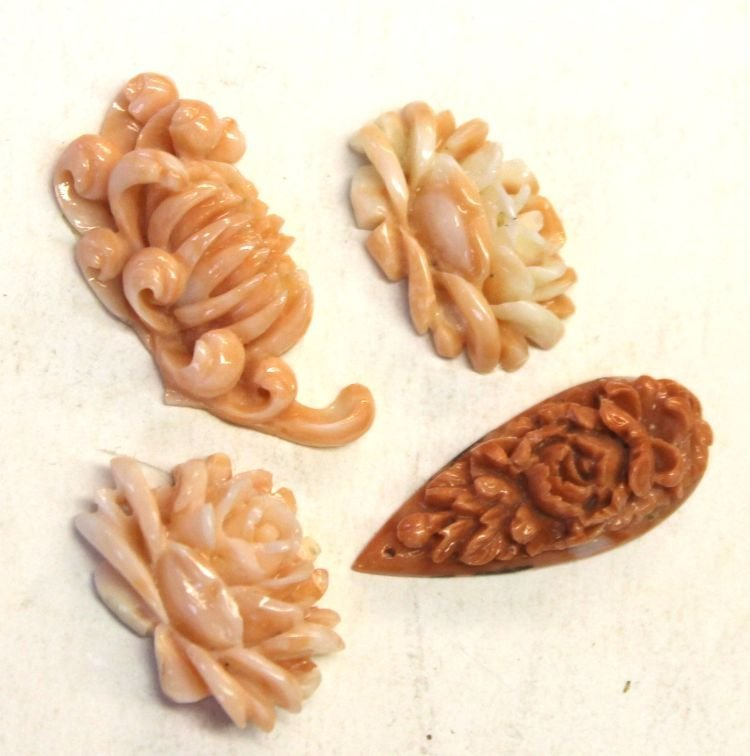 14: Chinese Angel Skin coral carved chrysanthemums - 1/