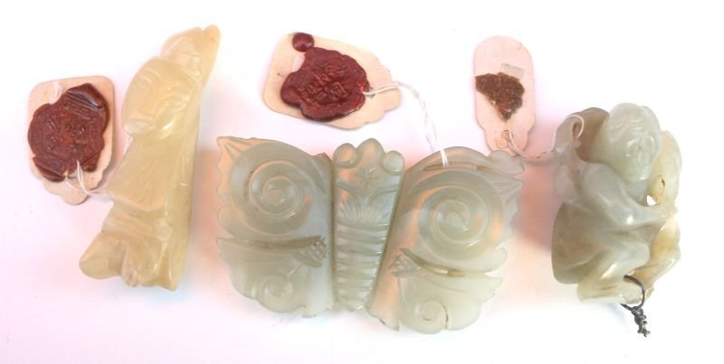 "18: 3 pcs Chinese carved jade incl 2 1/2"" butterfly, 2"