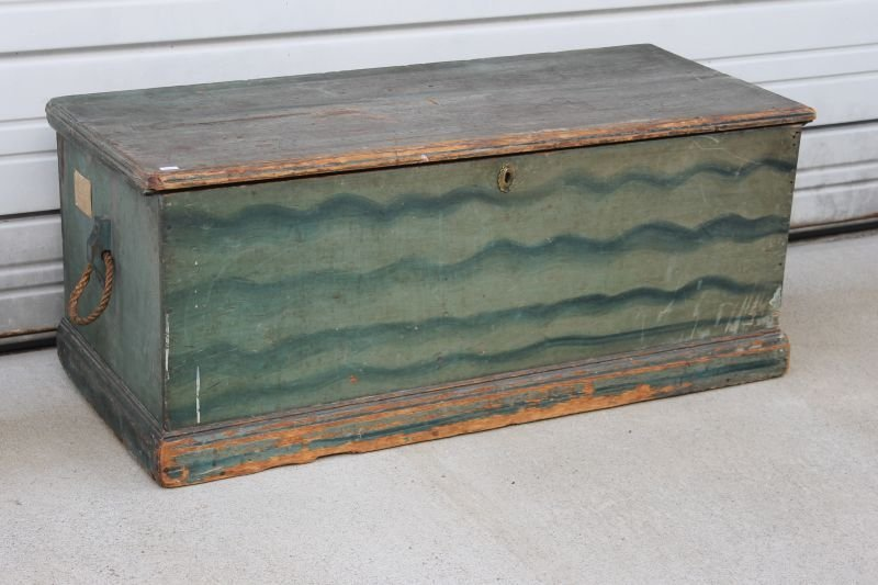 19thC blanket chest w till & becket handles in old blue