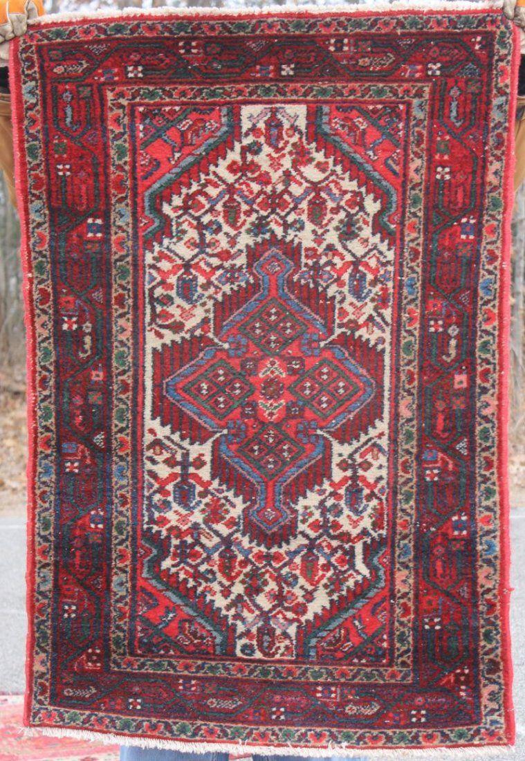 """2'7""""x3'11"""" semi-antique Hamadan Oriental area rug"""
