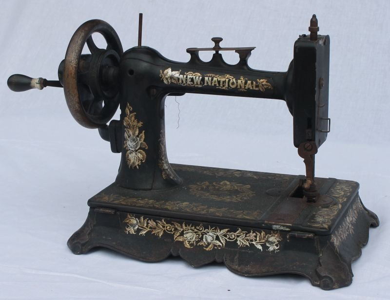 """New National"" hand crank sewing machine"