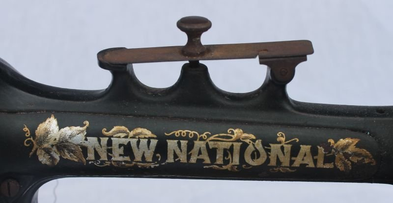 """New National"" hand crank sewing machine - 2"