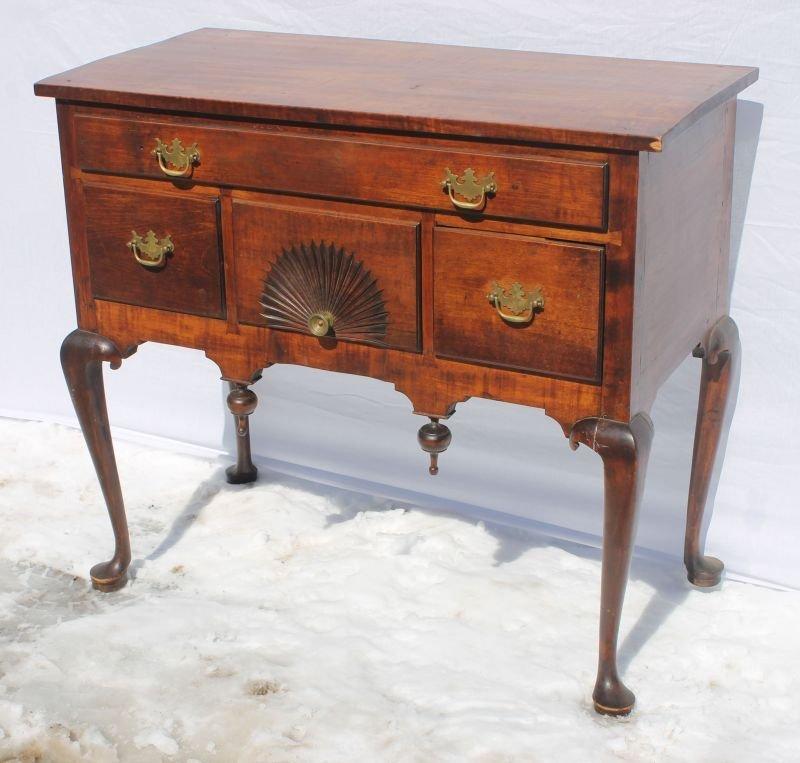 mid 18thC period QA CT fine quality maple fan carved hi