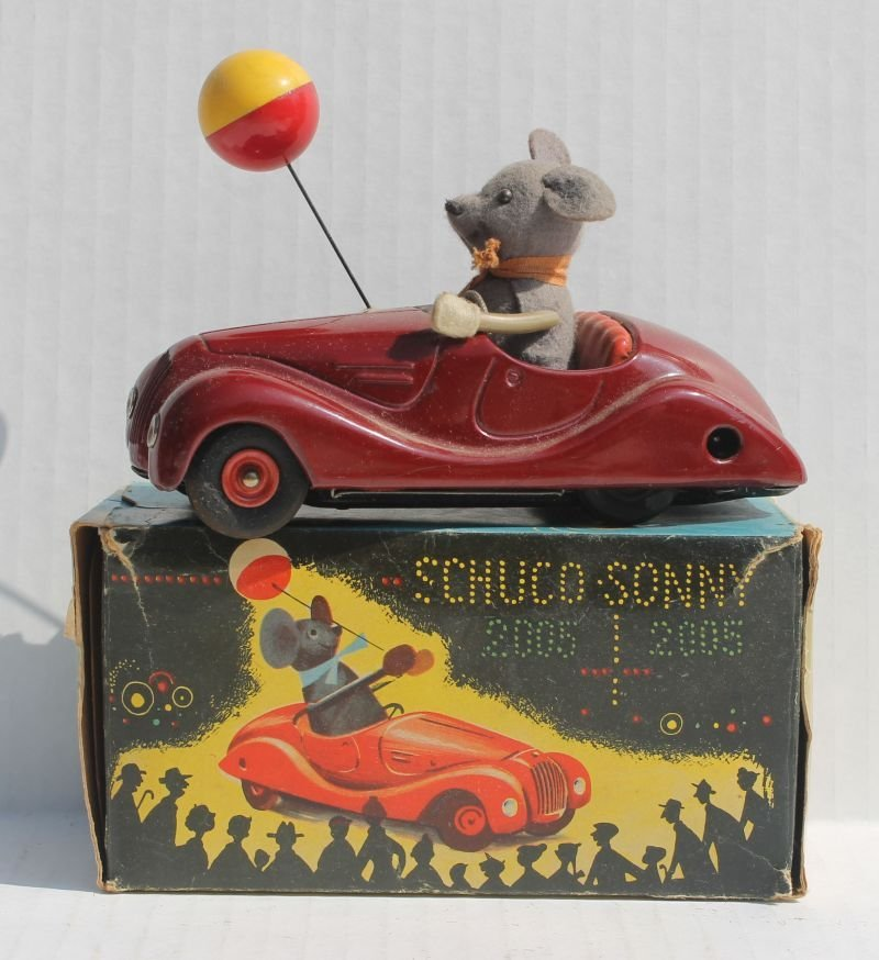 "Schuco ""Sonny"" #2005 key wind convertible car w mouse"