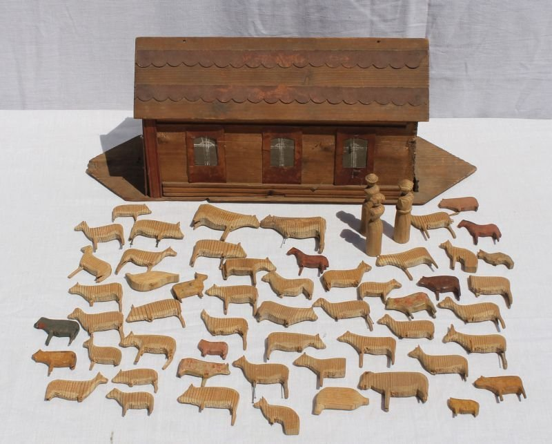 antique ca 1880's wooden Noah's Ark toy w approx 55
