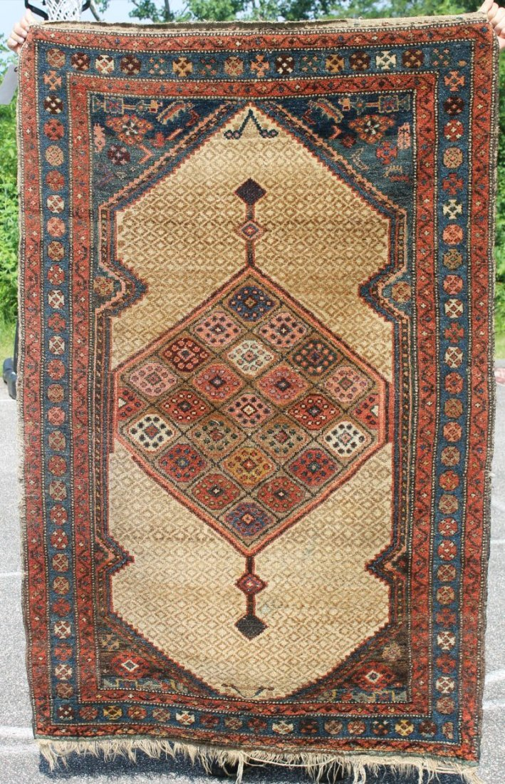 """3'10""""x5'8"""" Antique Serab Oriental area rug"""