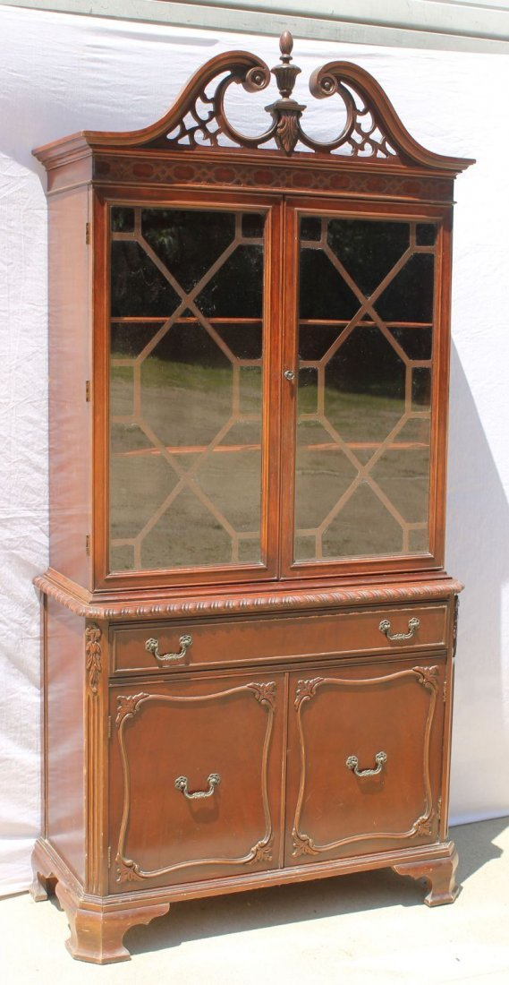 Nice quality ca 1940's custom Mahog cabinet w fret work