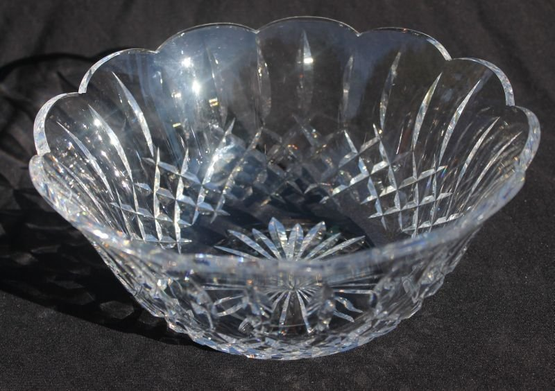 """sgnd Waterford scalloped bowl - 9"""" diam x 4"""" tall"""