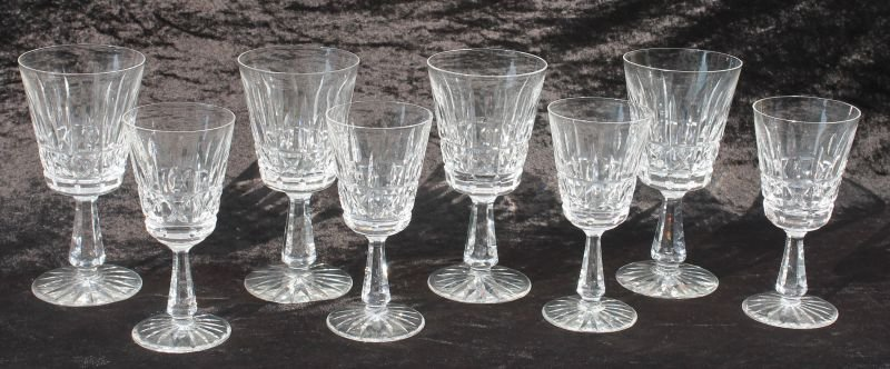 """Set of 8 sgnd Waterford """"Kylemore"""" pattern glasses"""
