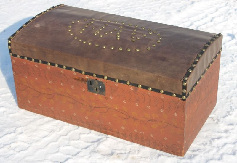 ca 1840 CT pine folk art painted dome top box featuring