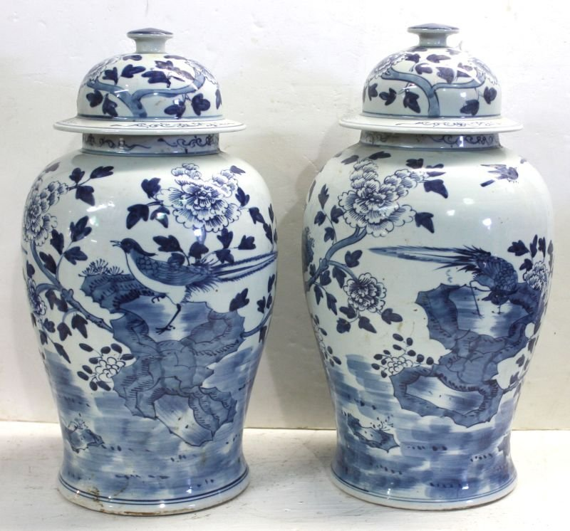 pr of 19thC large Chinese blue & white porcelain