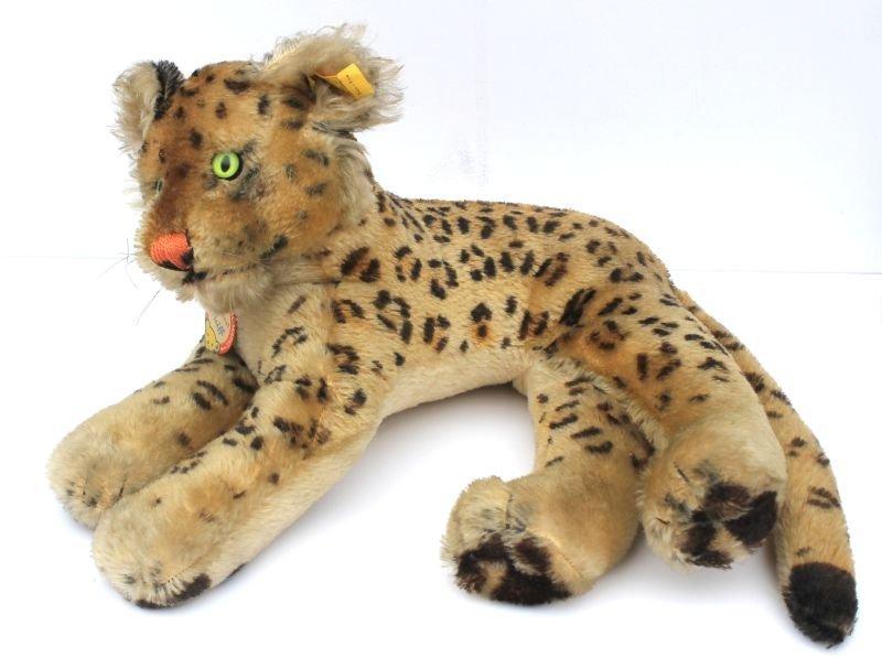 Vintage Steiff mohair reclining leopard w glass eyes &