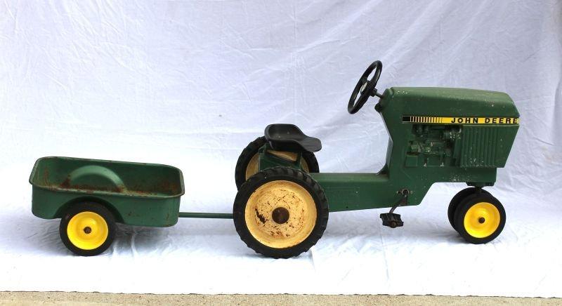 "John Deere child's pedal tractor w cart - 36"" long"