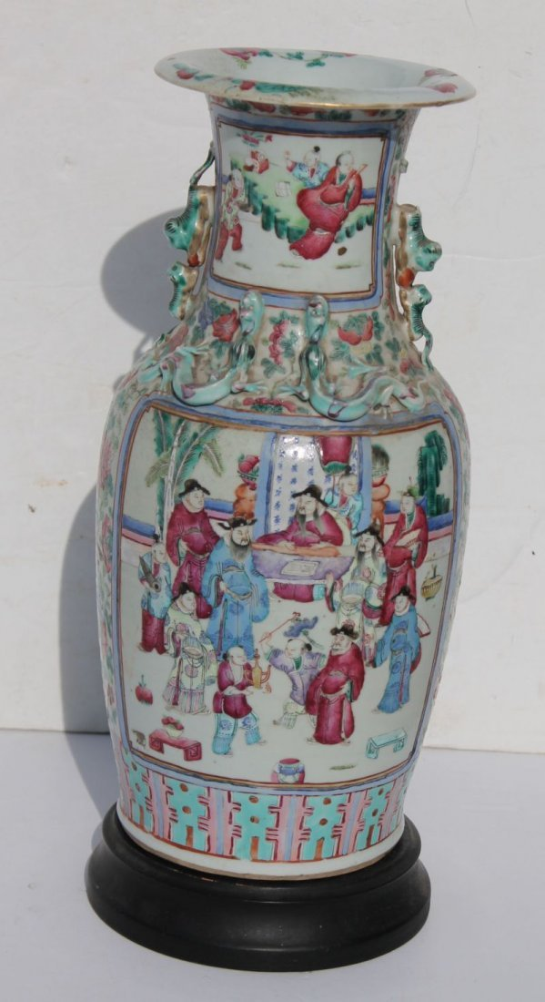 19thC Chinese porcelain vase on wooden base with drill