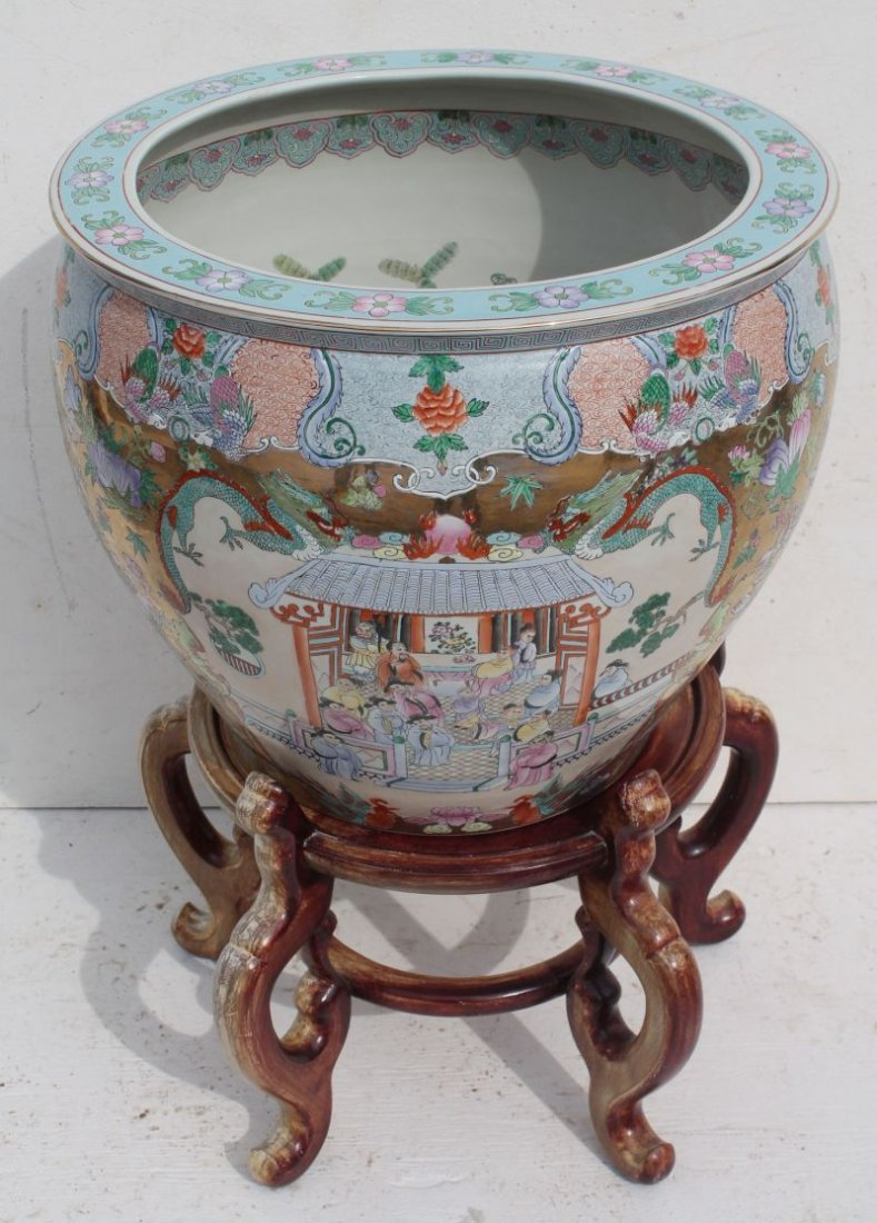 Very large Chinese hand painted porcelain jardinere w h
