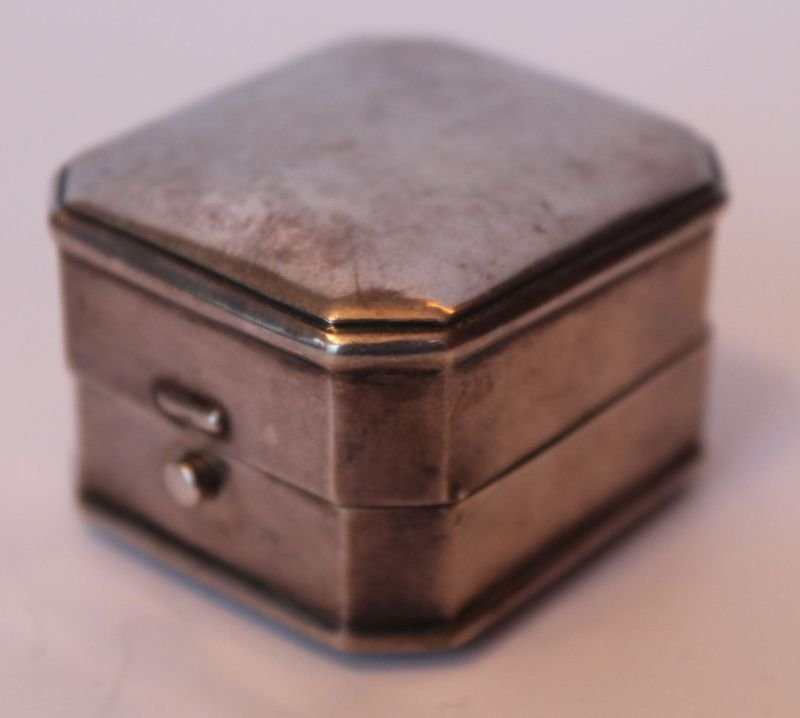 antique sterling silver Birks ring box w velvet interio
