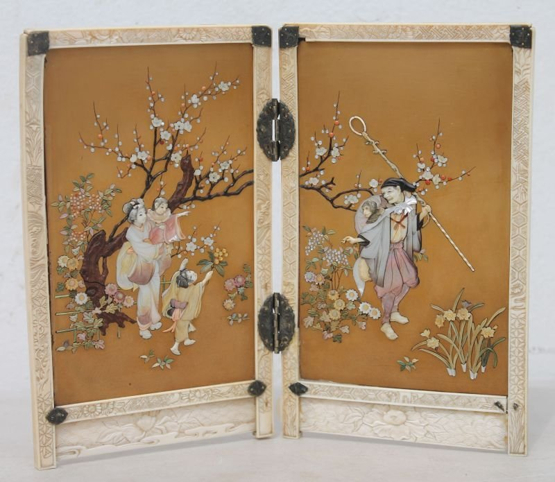 Fine early Meiji period (1880-1890) Shibayama 2 panel t