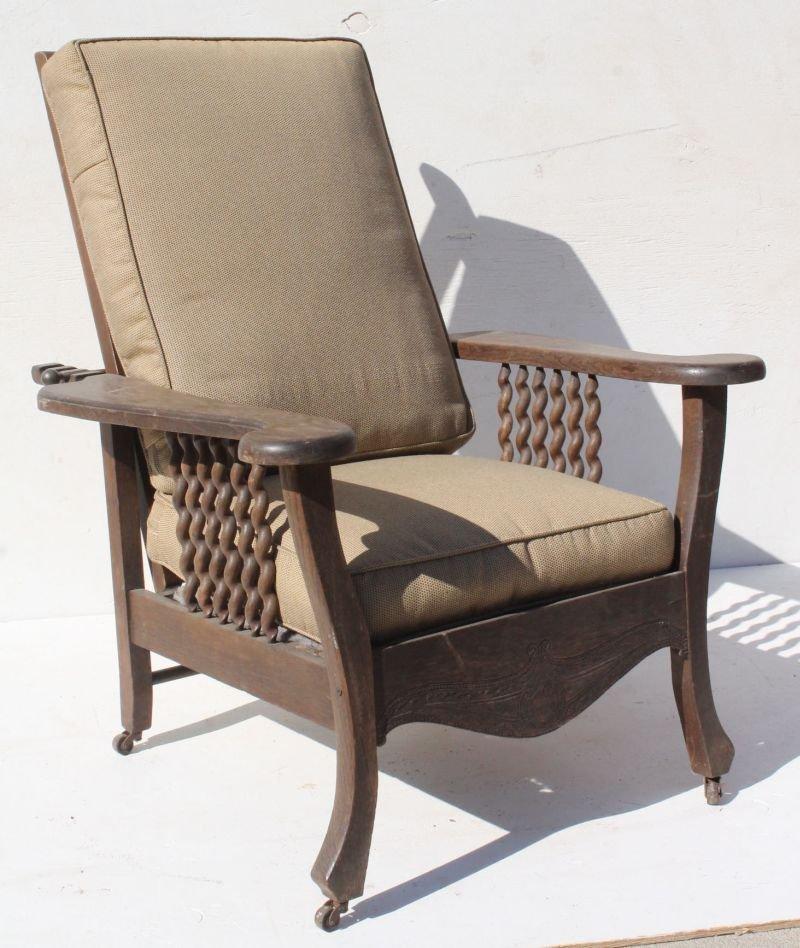 & 2 antique oak Morris chairs w reclining backs u0026 spindle