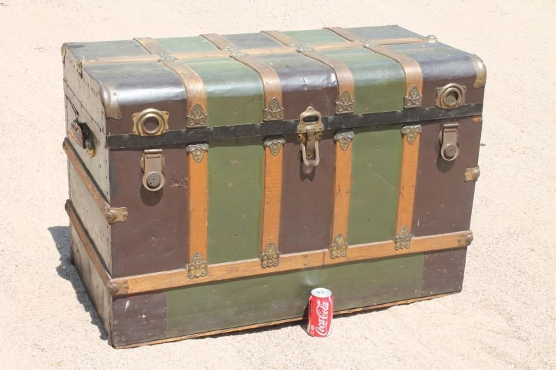"""lg Excelsior (Stamford, CT) early 20thC trunk - 44"""" - 2"""