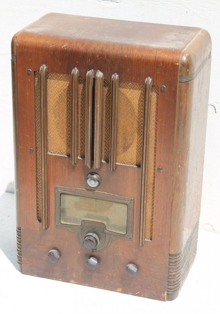 "RCA Victor Radio Bakelite Knobs Model 7T1... 22 1/2"""