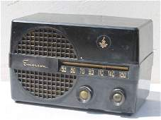 "Emerson Bakelite Case Table Top Radio- 6"" tall x 9"""