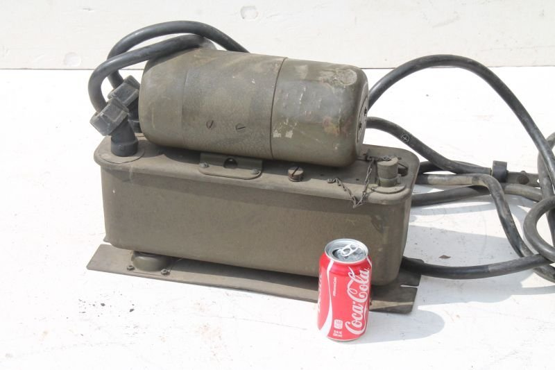 Military Signal Corps Power Unit PE-103-A by Ballantine - 3