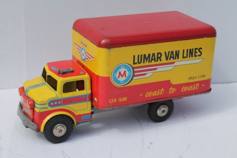 "Lumar Van Lines moving truck - 17"" long"